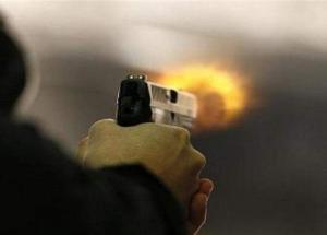 اطلق النار على شخص وابنه وقتل نفسه في الطفيلة (تفاصيل)