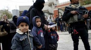 """350 الف طفل عالقون غربي الموصل و""""داعش"""" يهدد بالتصفية"""