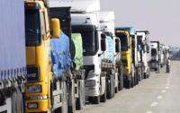 السعودية تلغي رسوماً فرضتها على الشاحنات الاردنية