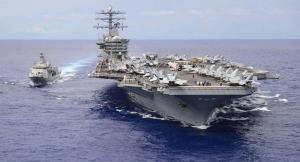 """حاملة طائرات أميركية """"نيميتز"""" تتجه لداخل الخليج العربي"""