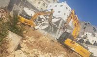 هدم منزل في شعفاط والمستوطنون يواصلون اعتداءاتهم