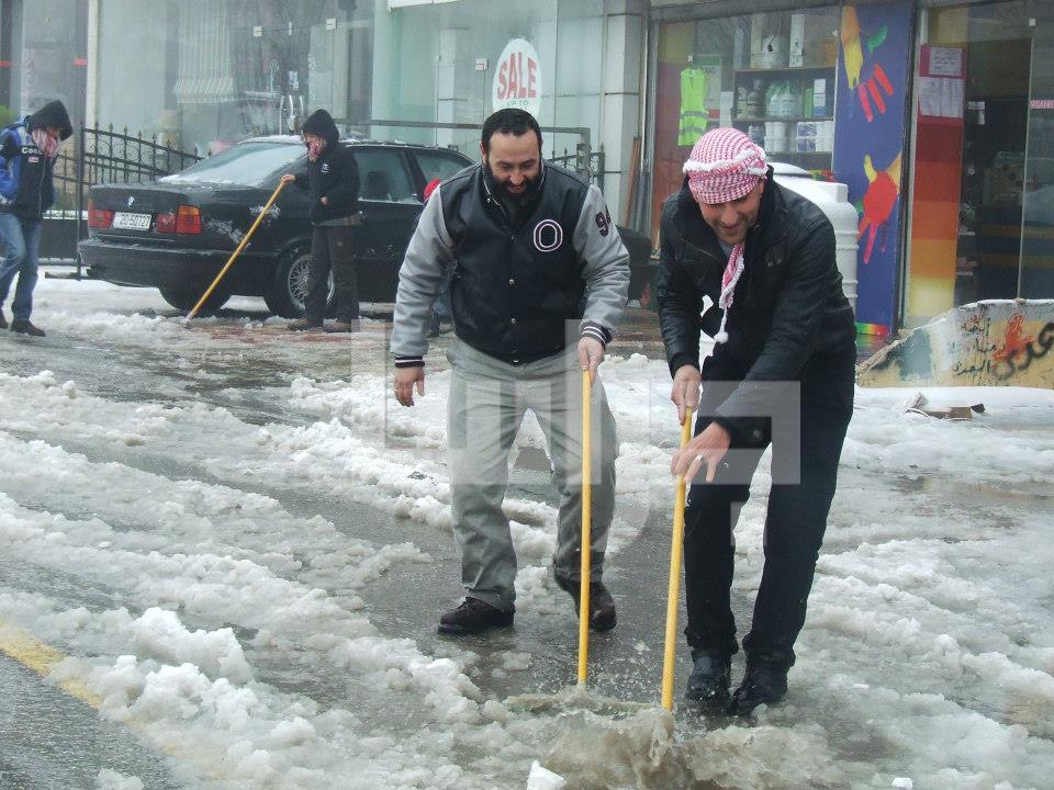 الثلج عمان الأربعاء 9/1/2013 image.php?token=25c293e78295adda42fc071c6ed393a1&size=