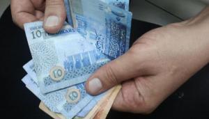 معلم مدرسة في الأردن براتب وبدل سكن قدره 13 ألف دينار