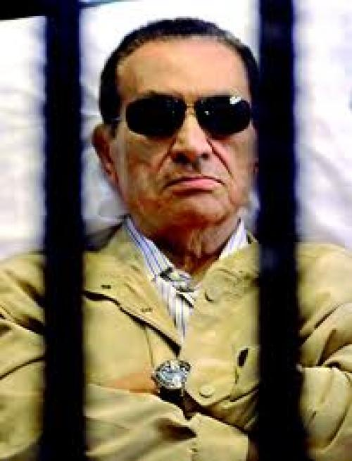 """سقوط """"مبارك """"بدورة مياه مستشفى image.php?token=271acc2a1dd8c15869a7dc063102b62c&size=large"""