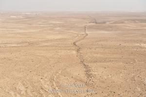 علماء اسرائيليون: جدار غامض جنوب الأردن طوله 150 كم! (صور)