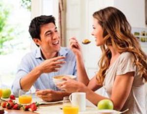 إحذروا هذه الأخطاء وقت الفطور