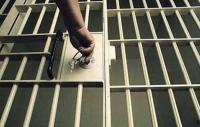 """نفّذ عملية احتيال بـ""""مليون دولار"""" من داخل السجن!"""