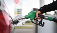 الحكومة تدرس وقف رفع أسعار المشتقات النفطية