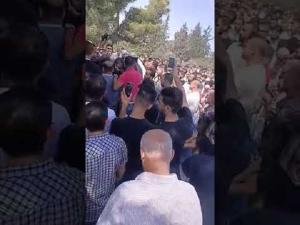 تشييع جثمان طبيب الفقراء بإربد (فيديو)