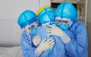 50% من إصابات كورونا سجلت في عمان منذ بدء الوباء