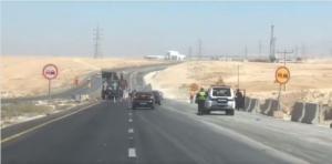 أعمال توسعة على الطريق الصحراوي منطقة الدامخي