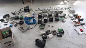 القبض على خلية جرمية تلاعبت بعدادات الكهرباء مقابل مبالغ مالية