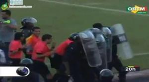 الحكم المصري المثير للجدل يتعرض للضرب مجدداً -فيديو