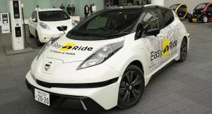 سيارة ذاتية القيادة تنطلق في شوارع ووهان