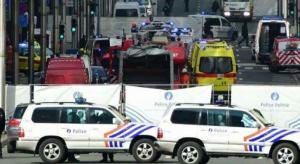 """اصابات بحادث دهس لـ""""مصلي العيد"""" في بريطانيا (فيديو)"""