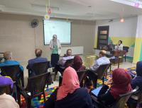 """""""تربوية"""" جامعة الشرق الأوسط تنفذ دورة حول """"المحتوى الإلكتروني"""" في مدارس القاسم"""