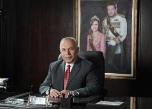 """رئيس """"عمان الاهلية"""" يشارك في منتدى رؤساء الجامعات العربية الصينية"""
