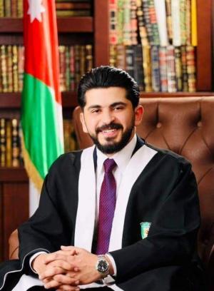 تهنئة للطالب عباده المناصير بمناسبة التخرج