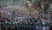 ضرب رجل حتى الموت وحرقه في بنغلادش بعد اتهامه بتدنيس القرآن