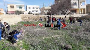 """حملة """"ارحموا موتانا"""" تباشر بتنظيف مقبرة فقوع (صور)"""