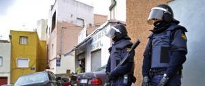 """المغرب تعلن اعتقال 52 شخصاً يشتبه بانتمائهم لـ""""داعش"""""""