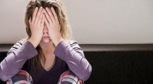 النساء أكثر شعوراً بالتوتر خلال أزمة كورونا