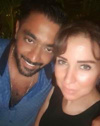 أحمد فلوكس يعود إلى زوجته الأولى