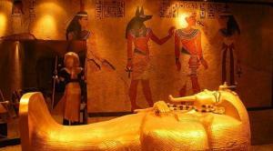 بعد 4000 عام  ..  اكتشاف خيانة زوجية فرعونية !