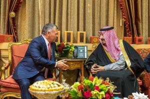 """خادم الحرمين : """" أمن الأردن أمن السعودية"""" (صور)"""