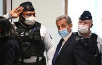 """""""طريقي إلى الجلجلة"""": السجن لرئيس فرنسا السابق"""