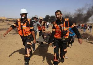 الصحة بغزة : 206 اصابات بمسيرة العودة