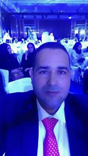 البطاينه يحرز جائزة الموظف الحكومي المتميز في دبي