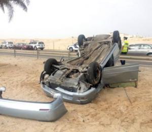 انقلاب مركبتين يغلق نفق الرنتيسي شرق عمان