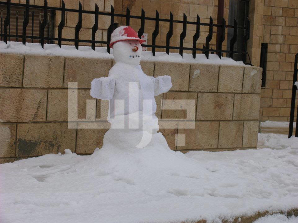 الثلج عمان الأربعاء 9/1/2013 image.php?token=418adbc7bf8d5c6bcc6846eac52ca942&size=