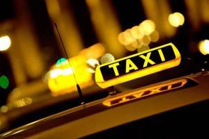 """السماح بالاعلان على أسطح """"التاكسي"""""""