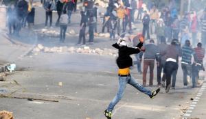 3 اصابات واعتقالات بمواجهات مع الاحتلال في مخيم جنين
