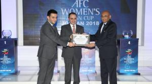 منتخب السيدات الى جانب طاجيكستان والإمارات والعراق والبحرين والفلبين