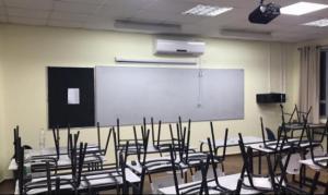 الحكومة: نحن نقرر من سيعوض الطلبة