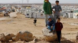 """الأردن يستبعد إلقاء المساعدات على لاجئي """"الركبان"""" بواسطة الطائرات"""