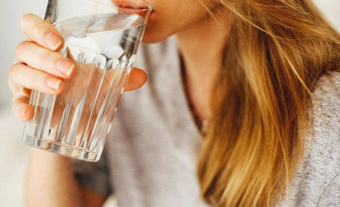 3 مشروبات طبيعية للتخلص من السعال Image