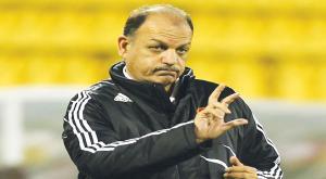 المدرب حمد يطالب بحلول سريعة للأندية