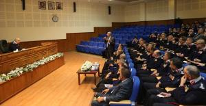 مدير الدفاع المدني يلتقي مدراء المديريات الميدانية