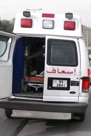 وفاة طفل وإصابة 4 آخرون بتدهور مركبة في الكورة