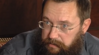 رجل أعمال روسي يطهو نفسه في قدر عملاق! (فيديو)