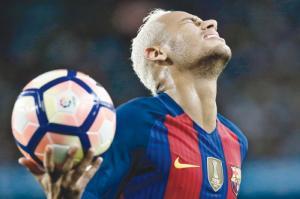 برشلونة يقاضي نيمار بداعي انتهاك بنود التعاقد