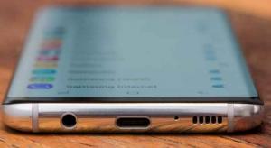 سامسونج و LG تعمل على تطوير شاشات منحنية في الجوانب الأربعة