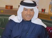 محمد عبده يتعرض لموقف محرج على المسرح (فيديو)
