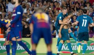 الكلاسيكو: ريال مدريد يتغلب على برشلونة بعشرة لاعبين