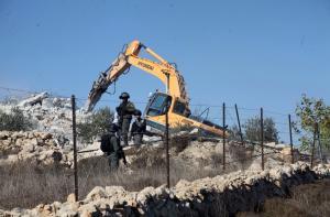 """الإحتلال يتوسع بهدم منازل الفلسطينيين بالمناطق """"C"""""""