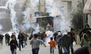 إصابة عشرات الفلسطينيين بمواجهات مع الاحتلال في الخليل